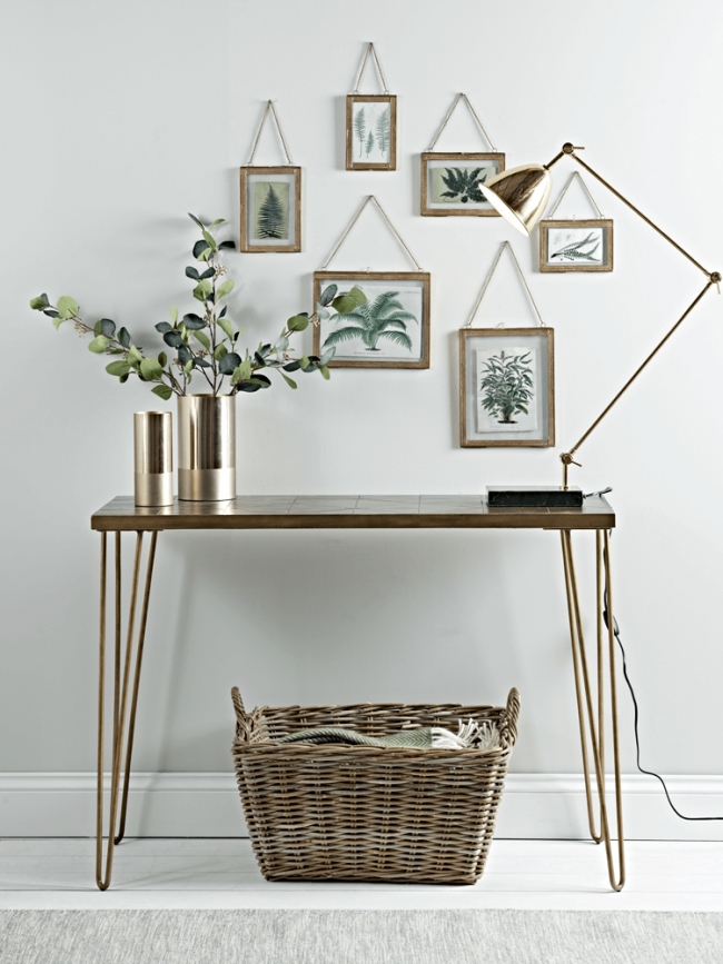 5 Practical & Stylish Solution For Small Hallways